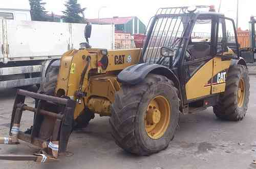 CATERPILLAR TH 330 B MANIPULADOR TELESCOPICO
