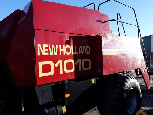 NEW HOLLAND D1010 EMPACADORA