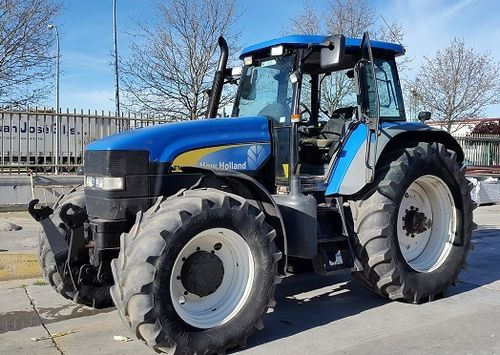 NEW HOLLAND TM175 TRACTOR AGRICOLA